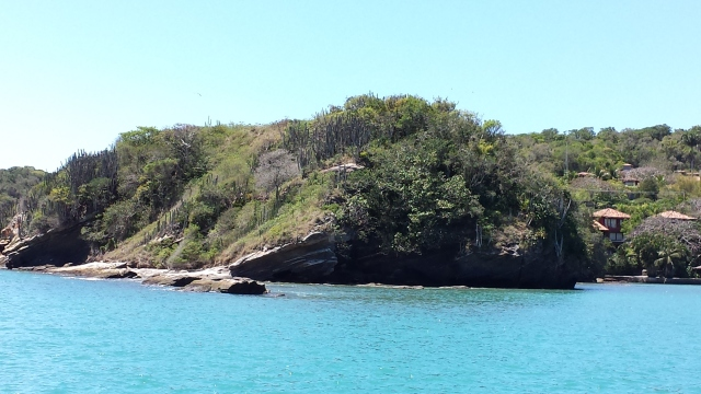 Búzios vista de barco ilhas.