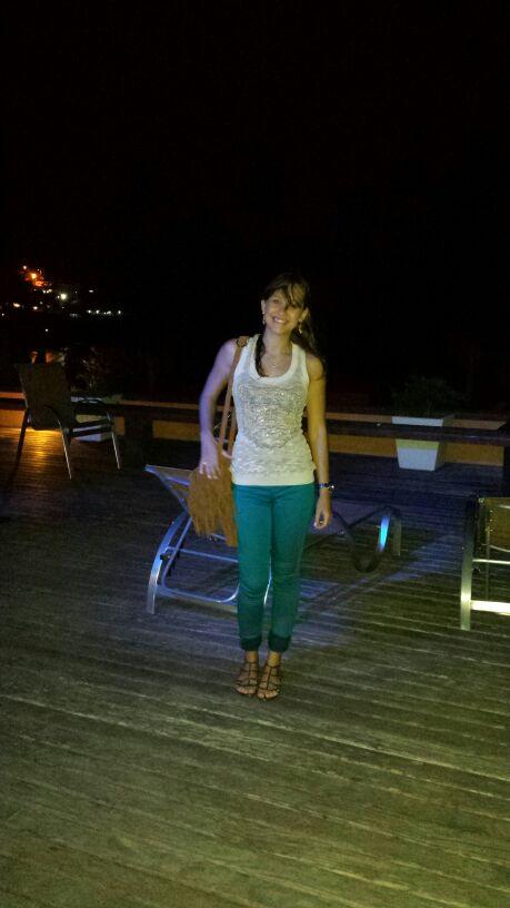 Calça Jegging Riachuelo + Blusa de tricô Riachuelo + sandália Andarella