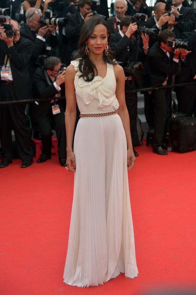 Zoe Saldana veste Victoria Beckham